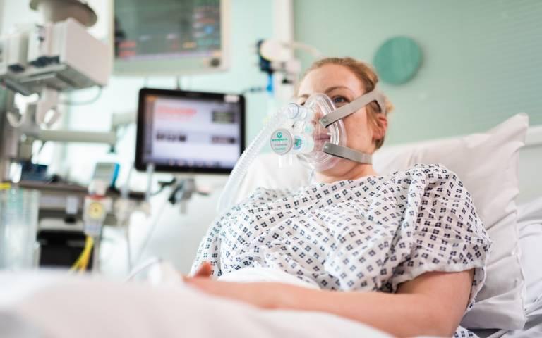 CPAP breathing aid