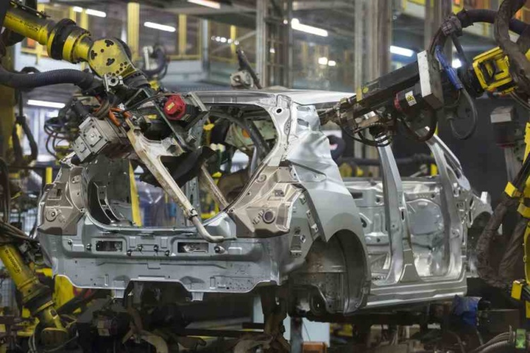 UK car output