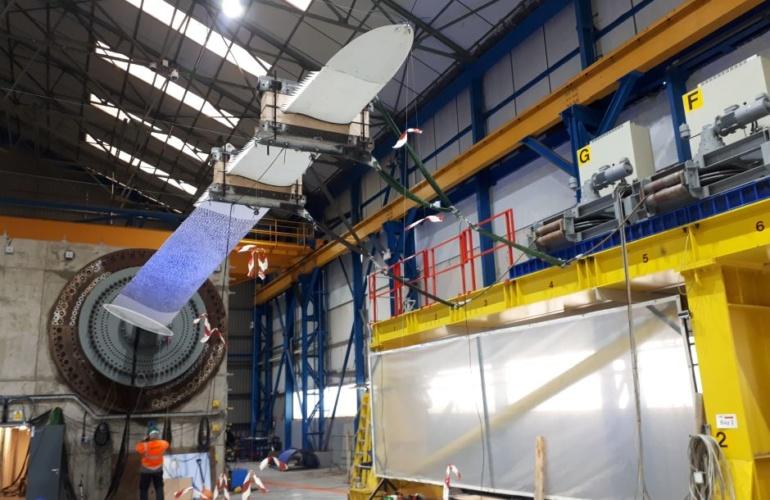 ultralight turbine blade