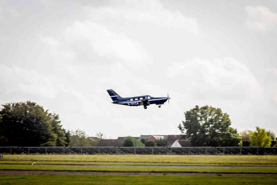 hydrogen powered commercial plane