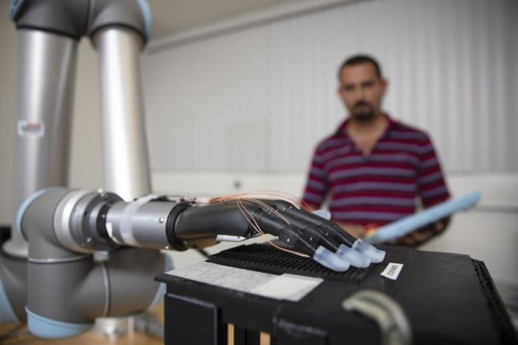 Liquid metal sensors