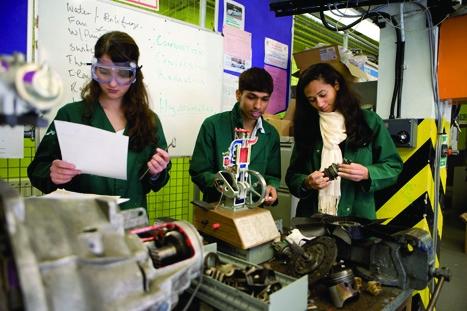 18 engineering students