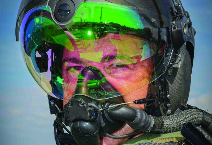 /f/f/a/BAE_Striker_II_helmet_2.jpg