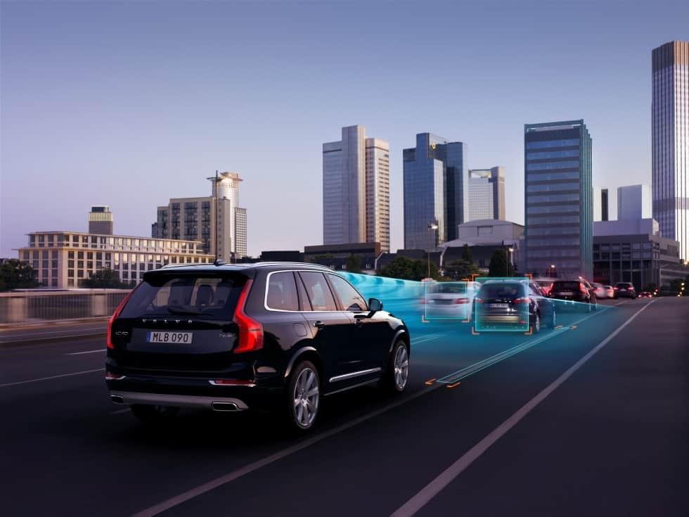 /p/u/i/Volvo_autonomous_car.jpg