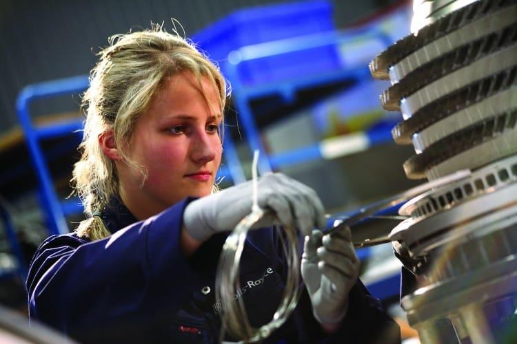 /v/l/l/Rolls_Royce_female_engineer.jpg