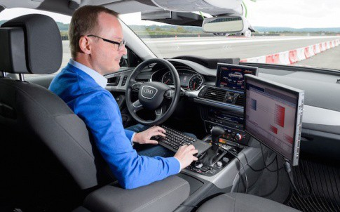 Dr Lutz Bürkle develops increasingly comprehensive driver assistance systems that protect pedestrians more effectively and help make the goal of injury- and accident-free driving a reality