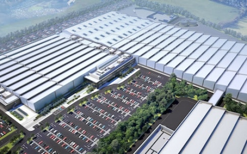 Jaguar Land Rover is doubling the size of its Engine Manufacturing Centre (EMC) in Wolverhampton as part of a £450m expansion programme.