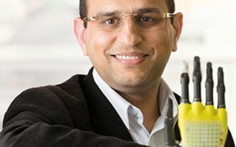 Dr Ravinder Dahiya