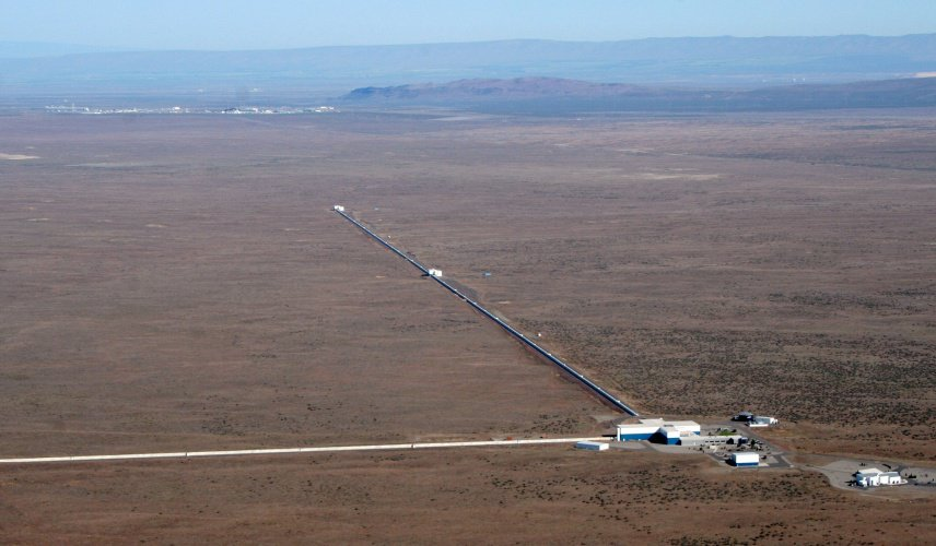 An aerial view of the LIGO observatory at Hanford, Washington