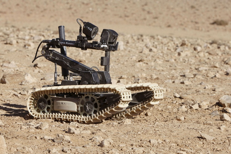 A Dragon Runner bomb disposal robot used by the British Army (Credit: Steve Dock/MOD)