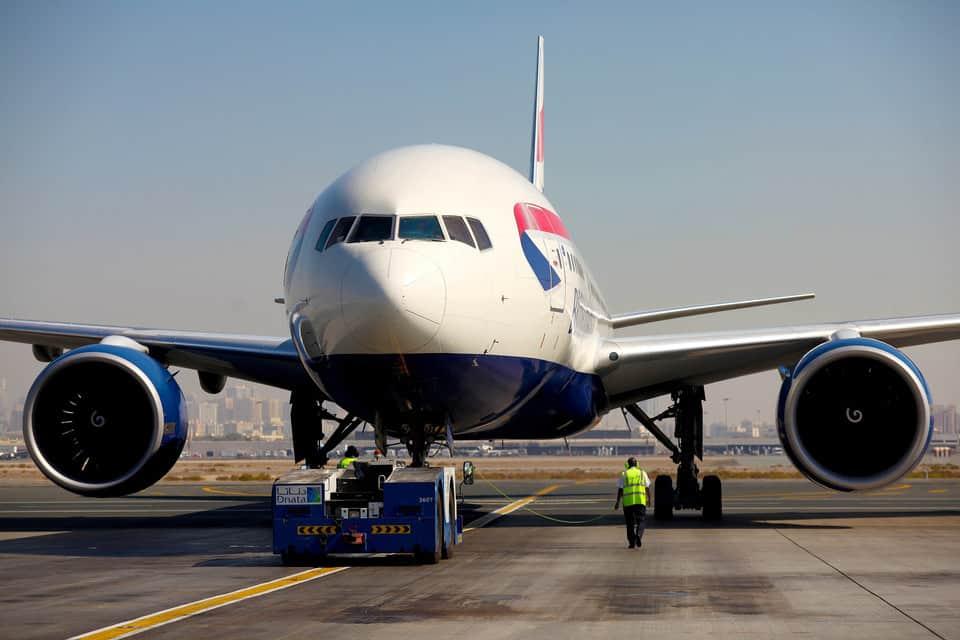 britishairways_777_runway
