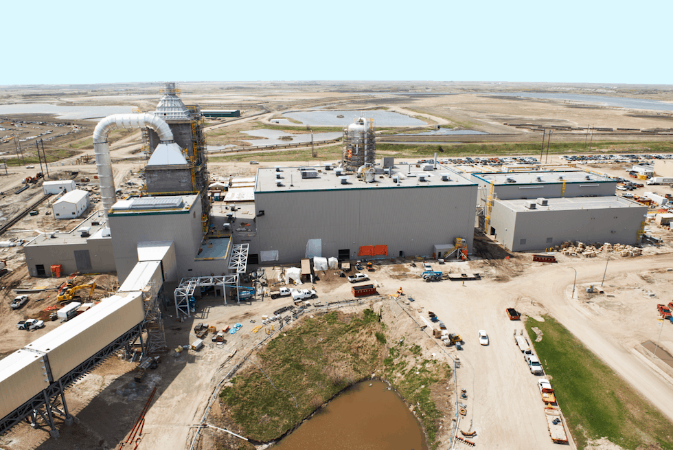 CO2 capture by using amine solvents is the most mature technology employed in most carbon capture plants, including the world's first large-scale CCS plant at Boundary Dam, Canada
