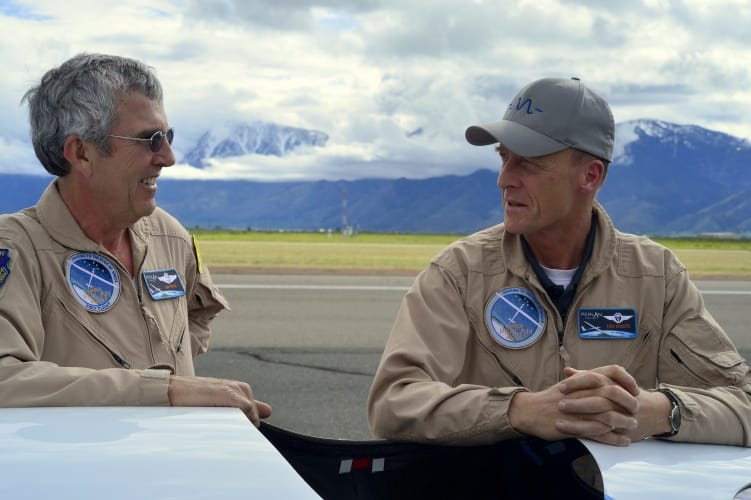 Airbus Group CEO Tom Enders (right) celebrates a successful test flight of the with Perlan Project chief pilot Jim Payne.