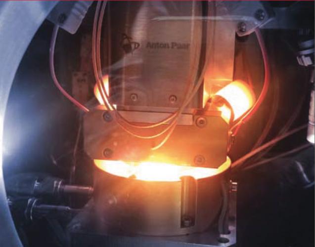High-temperature ultra-nanoindentation tester