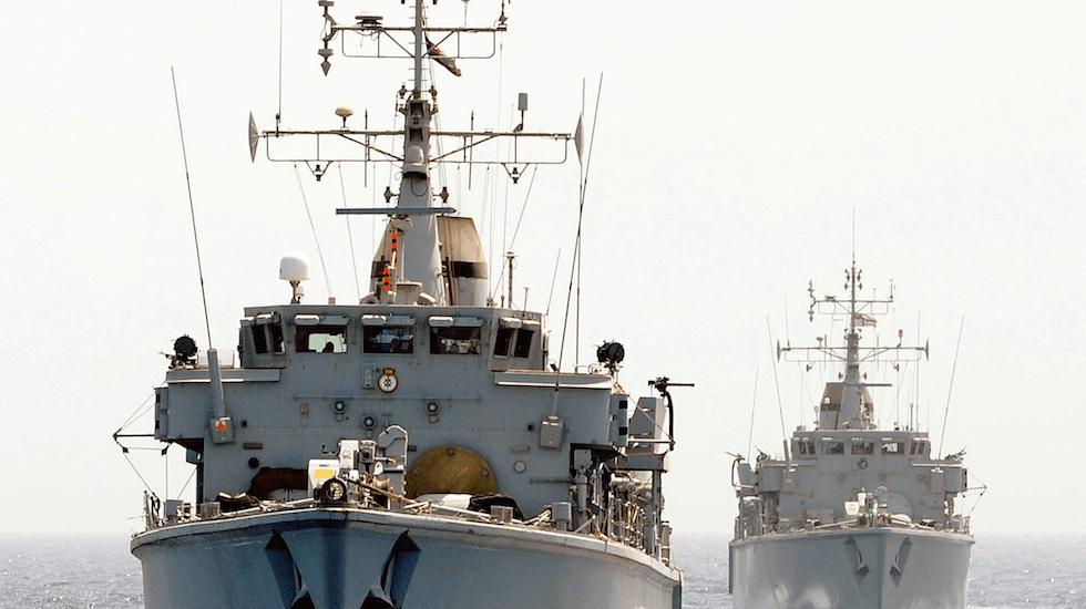 HMS Middleton and HMS Chiddingfold