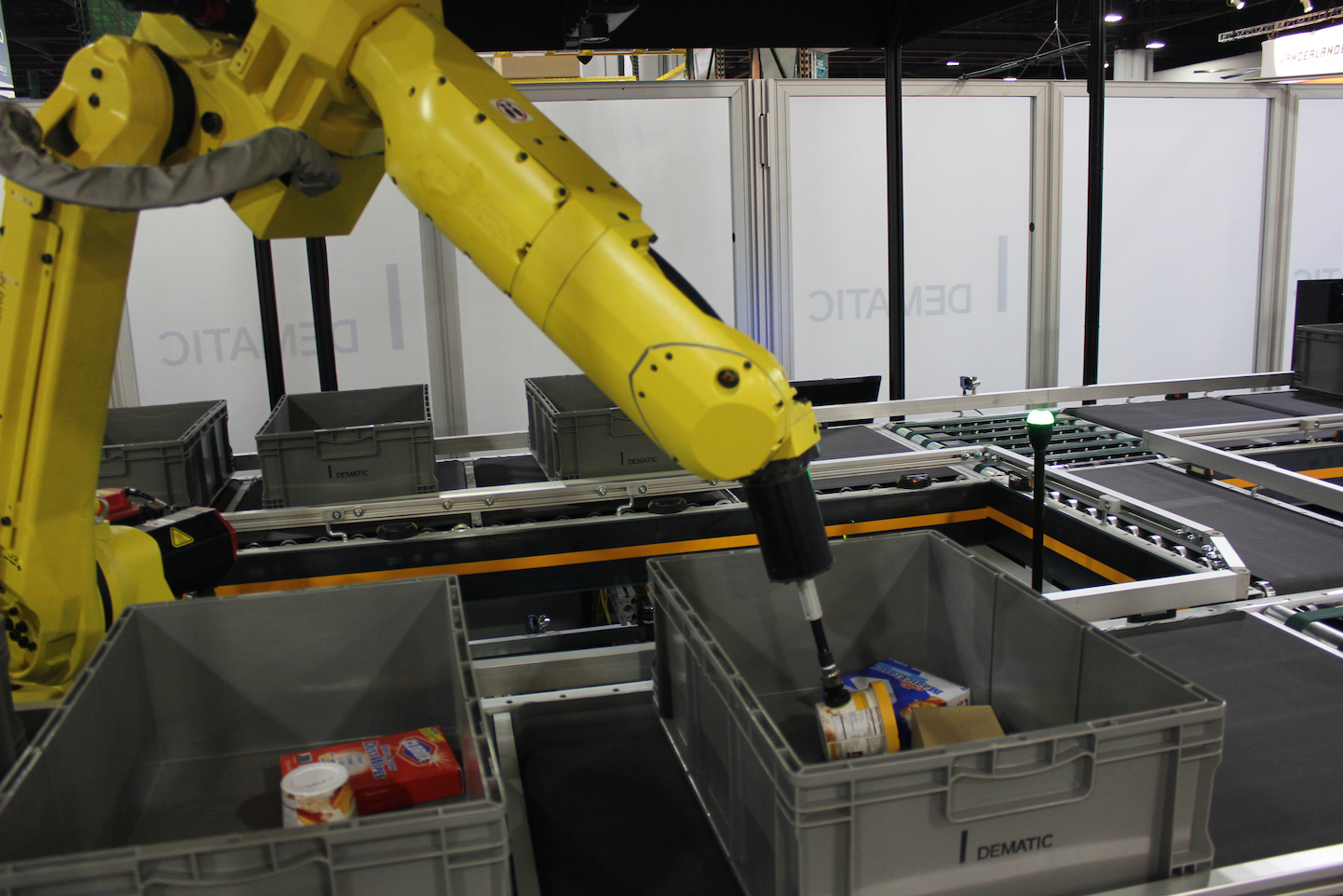 Dematic-Robotic-Piece-Pick-1-PH