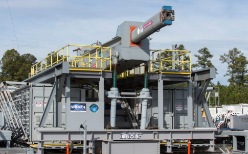 Electromagnetic railgun (US Navy photo by John F. Williams)