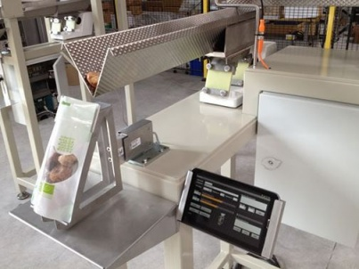Weighing and packaging machines incorporate load cells