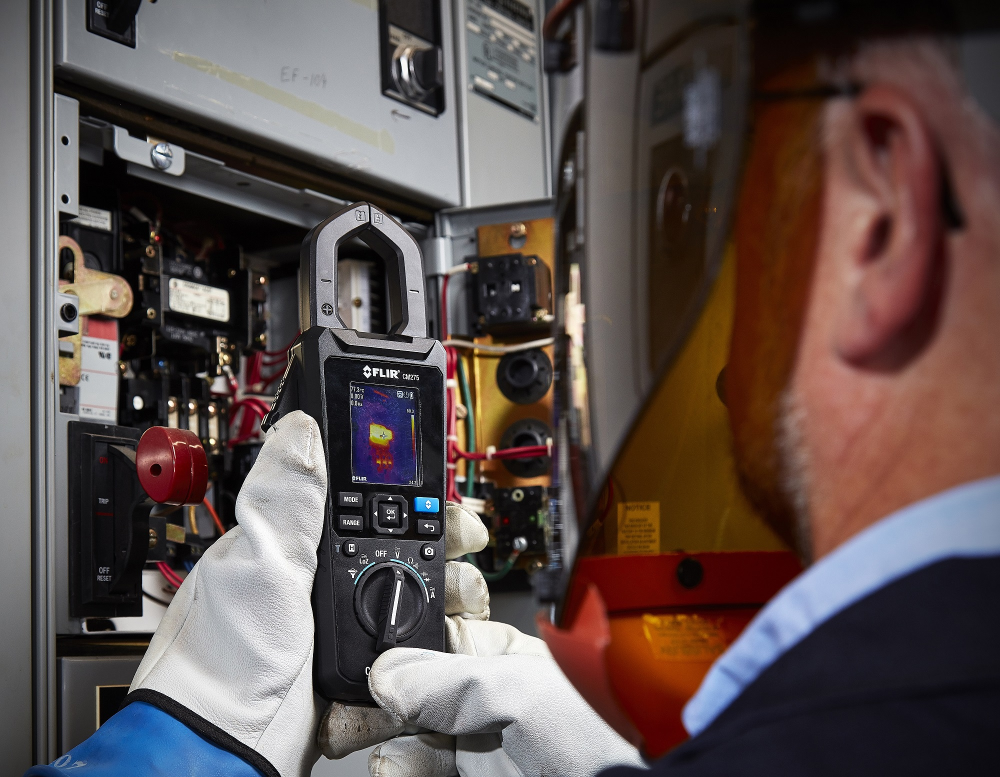 FLIR announces three electrical test and measurement meters with thermal imaging