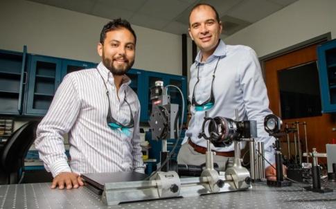Viktor Gruev, right, and graduate student Missael Garcia