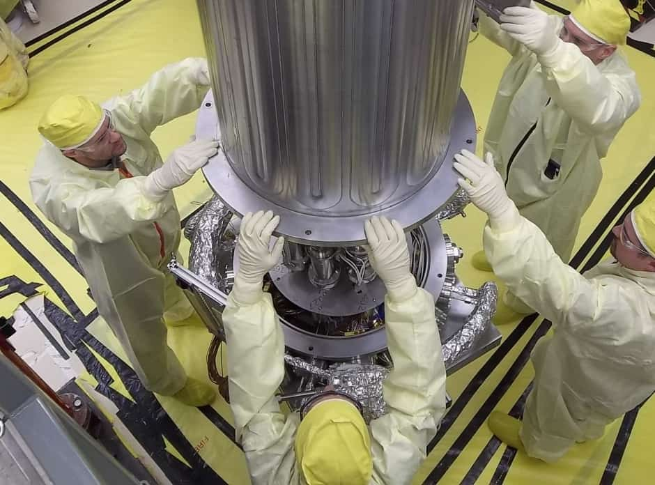space-qualified nuclear reactor