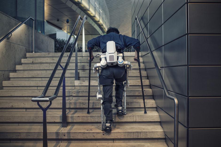 wearable robotic exoskeletons