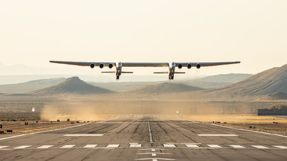 world's largest all-composite aircraft