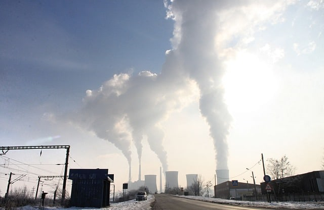 Climate change report urges net zero emissions by 2050