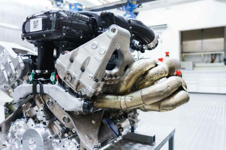 Cosworth V12