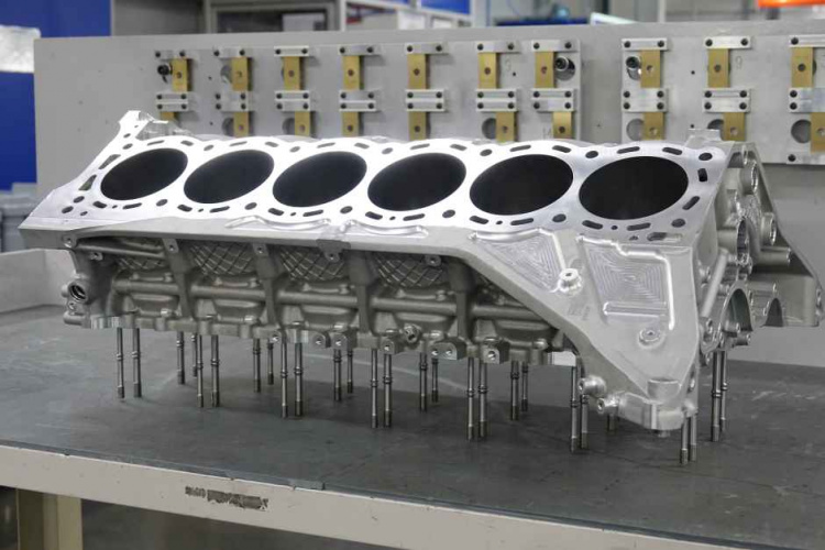 Driving Force The Cosworth V12 Powering Aston Martin S Valkyrie The Engineer The Engineer
